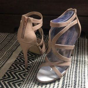 Beautiful Steve Madden heels